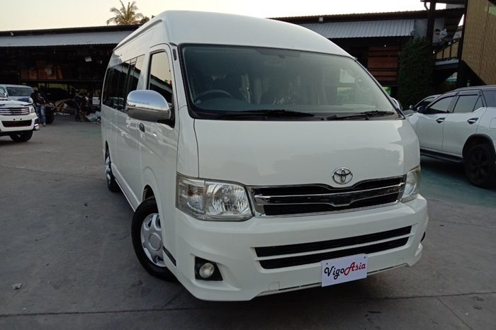 2014 – TOYOTA 2WD 2.5 MT COMMUTER WHITE – 0815 full