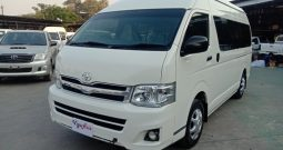2014 – TOYOTA 2WD 2.5 MT COMMUTER WHITE – 0924