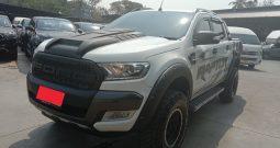 2016 – REVO 4WD 2.4E MT DOUBLE CAB SILVER – 3577