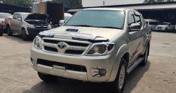 2007 – VIGO 4WD 3.0G MT DOUBLE CAB SILVER – 7164