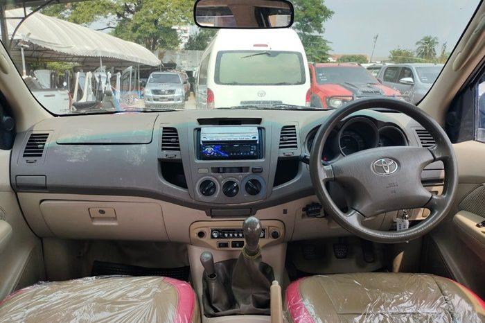 2007 – VIGO 4WD 3.0G MT DOUBLE CAB SILVER – 7164 full