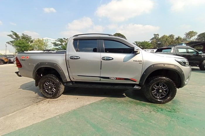 2017 – REVO 4WD 2.8G AT DOUBLE CAB SILVER – 7322 full