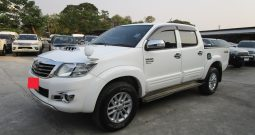 2015 – VIGO 4WD 3.0G AT DOUBLE CAB WHITE – 7781