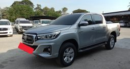 2015 – REVO 4WD 2.8G AT DOUBLE CAB SILVER – 8231