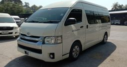 2014 – TOYOTA 2WD 2.7 MT COMMUTER WHITE – 2957
