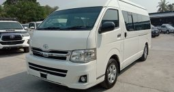 2014 – TOYOTA 2WD 2.5 MT COMMUTER WHITE – 8123