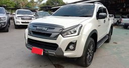 2018 – ISUZU 4WD 3.0 MT DOUBLE CAB SILVER – 4317