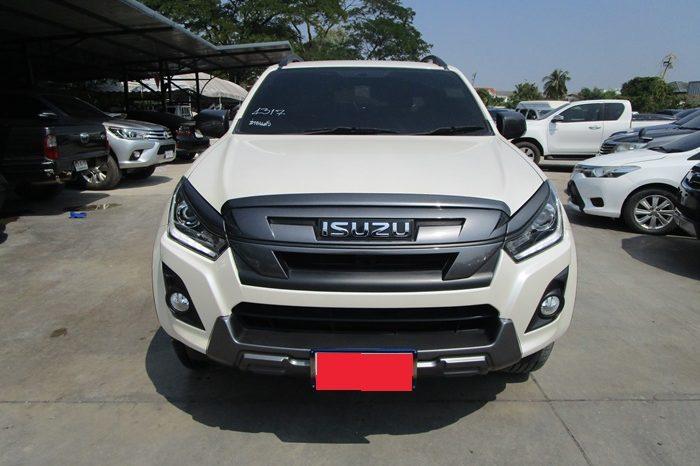 2018 – ISUZU 4WD 3.0 MT DOUBLE CAB SILVER – 4317 full