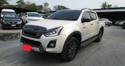 2018 – ISUZU 4WD 3.0 AT DOUBLE CAB WHITE – 9485