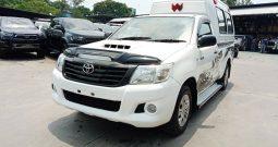 VIGO 2WD 2014 2.5J MT STANDARD WHITE 4401