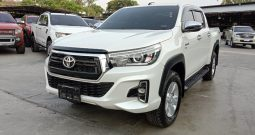REVO 4WD 2019 2.8G AT DOUBLE CAB WHITE 7506