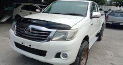 VIGO 4WD 2012 2.7J AT SMART CAB WHITE – 7591