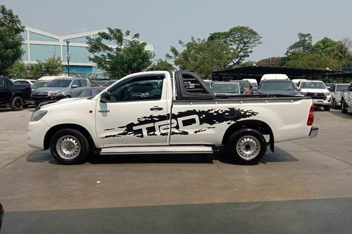 VIGO 2WD 2014 2.5J MT STANDARD WHITE 81 full