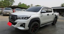 REVO 4WD 2017 2.8G AT DOUBLE CAB WHITE 1686