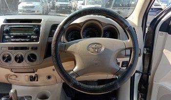 VIGO 4WD 2009 2.7G AT DOUBLE CAB SILVER 1894 full