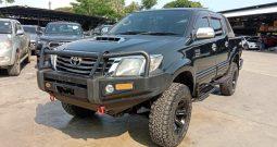 VIGO 4WD 2012 3.0G MT DOUBLE CAB BLACK 9555