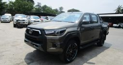 BRAND NEW REVO ROCCO 4WD 2021 2.8G AT DOUBLE CAB BRONZE 991