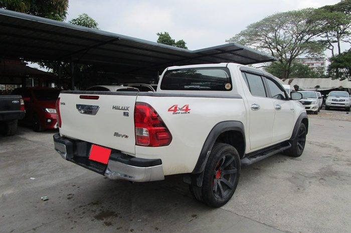 REVO 4WD 2016 2.8G AT DOUBLE CAB WHITE 1886 full