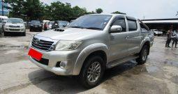 VIGO 2WD 2014 2.5E AT DOUBLE CAB SILVER 1162