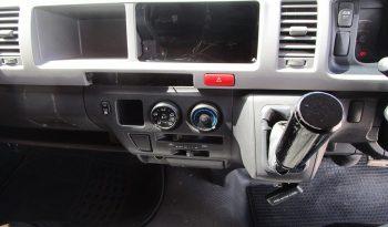 TOYOTA 2WD 2014 2.7 MT COMMUTER WHITE 4448 full