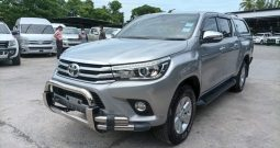 REVO 4WD 2015 2.8G AT DOUBLE CAB SILVER 3391