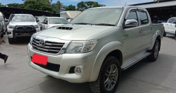 VIGO 4WD 2012 3.0G AT DOUBLE CAB SILVER 7612