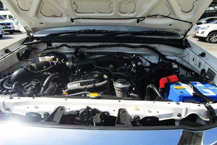 TOYOTA 2WD 2014 2.7V AT FORTUNER WHITE 639 full