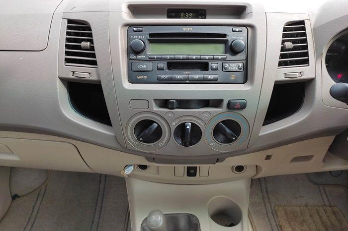 VIGO 4WD 2007 3.0G AT DOUBLE CAB BLACK 8073 full